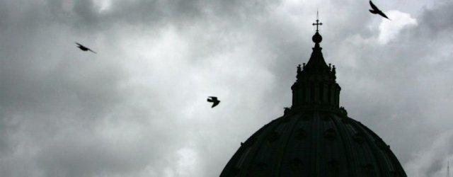 L'uscita di Milone e quelle strane coincidenze in Vaticano