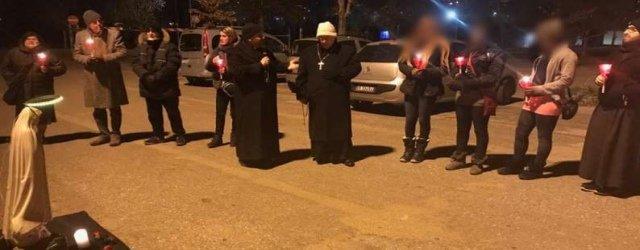 Sulle strade della prostituzione, un rosario con il Cardinal Bassetti