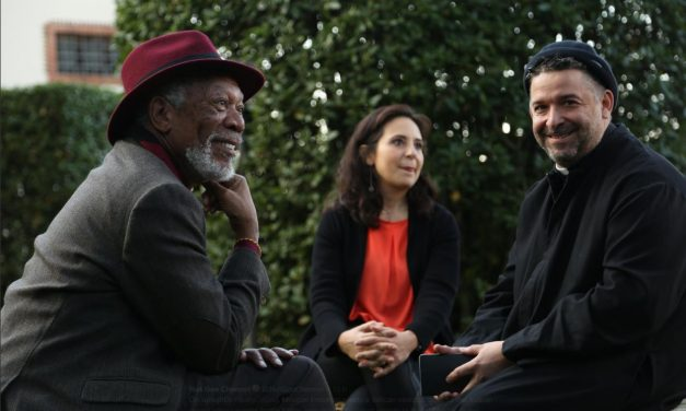 [ VIDEO ] DON ALDO BUONAIUTO INTERVISTATO DA MORGAN FREEMAN